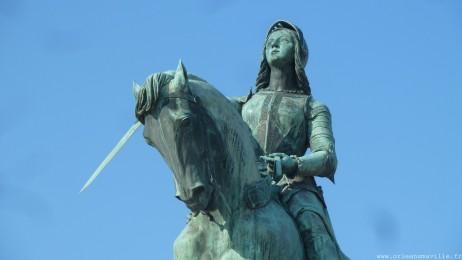 place-martroi-statue-jeanne555