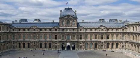 Louvre_Cour_Carr
