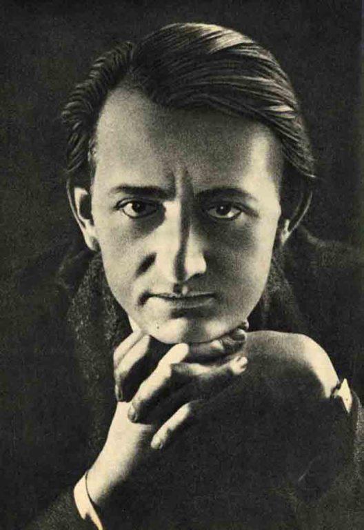 Image of Art. 268, janvier 2021 | document • Yves Levy, «L'homme du Jour: André Malraux», «Les Hommes du Jour», 20 juin 1935.